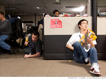 100 Best Companies To Work For 2010 Zappos Com Amzn